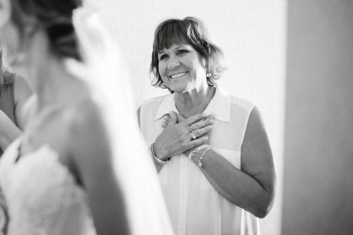 Hyatt Regency Cambridge Maryland Wedding Lindsay Hite Photography